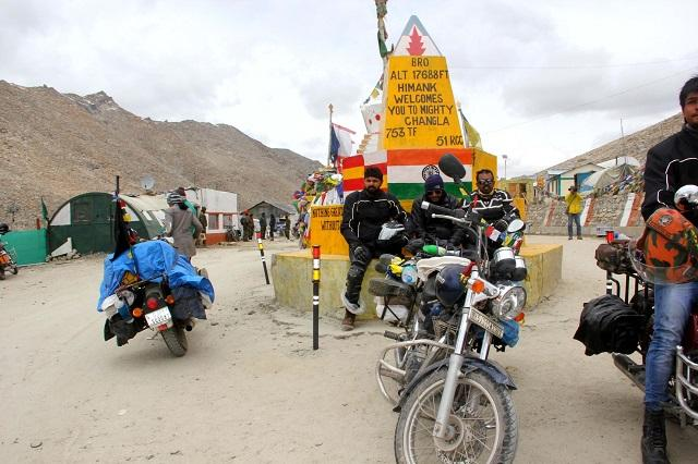 Chang La Pass in Ladakh is the highest pass after Khardung La Pass