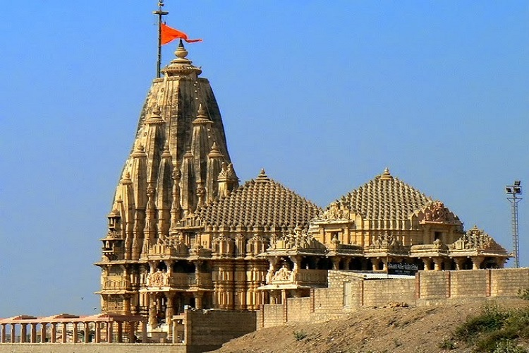 Dwarkadheesh Temple in Gujarat is the most sacred Hindu Temple and a part of Char Dham Yatra