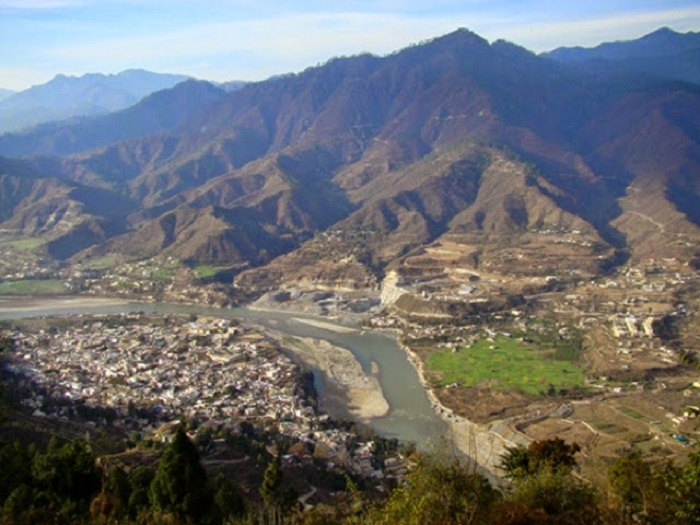Srinagar - Nestled in the foothills of the Himalayas
