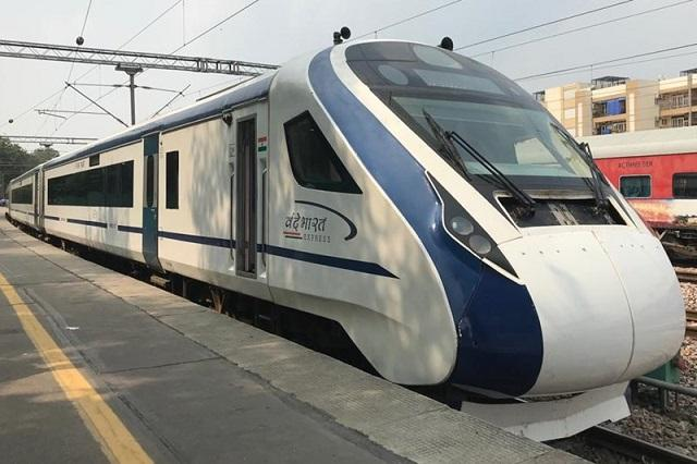 Vande Bharat Express: The conical-shaped front of this new train resembles a bullet train. The train includes a cattle guard to prevent any unexpected incident in case of cattle run.
