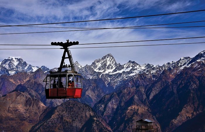 Auli is one of the most thrilling skiing destinations in India