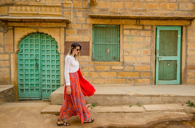 Know About What to Wear in India